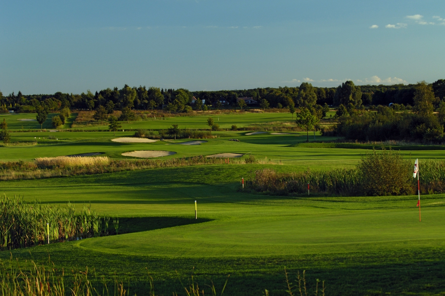 golfclub golf country club brunstorf in 21524. Black Bedroom Furniture Sets. Home Design Ideas